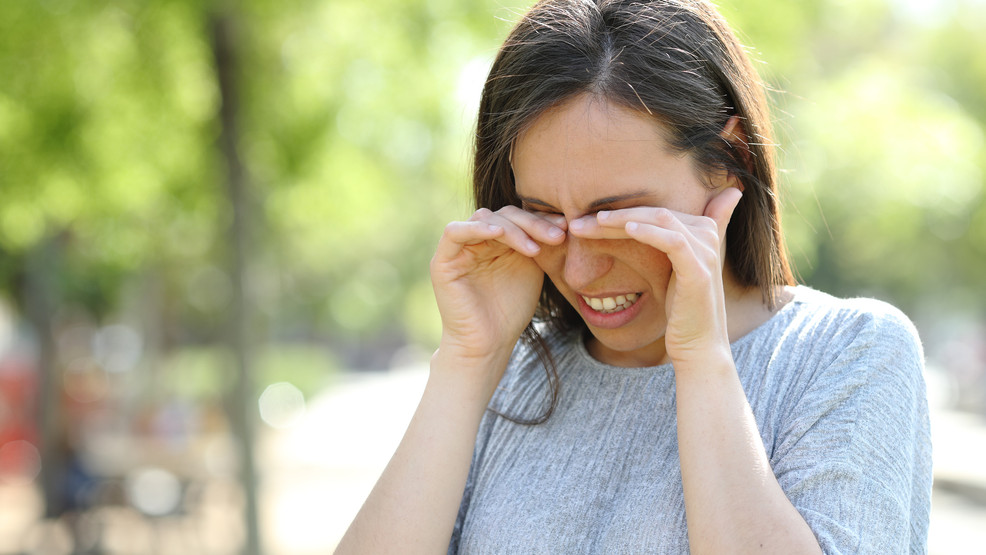 Allergies: Symptoms, Causes and Natural Treatments