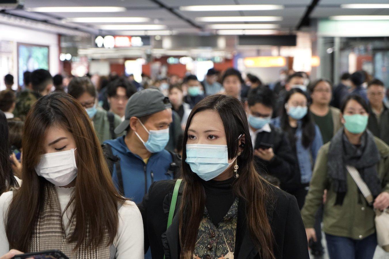 Antibacterial, self-cleaning, reusable face masks